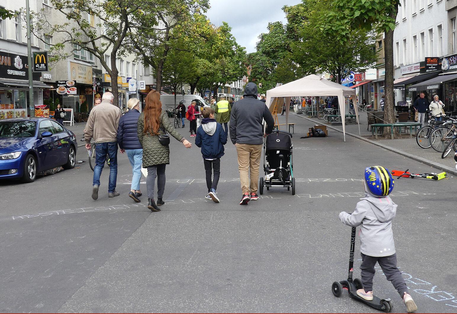 Am 9./10. Oktober wurde die Fußgänger:innenzone Wilmersdorfer Straße testweise verlängert.